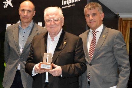 La IV Nit del Turisme del Bages, organitzada per Bages Impuls, ha lliurat el premi especial als 30 anys de l'Escola d'Hoteleria Joviat.